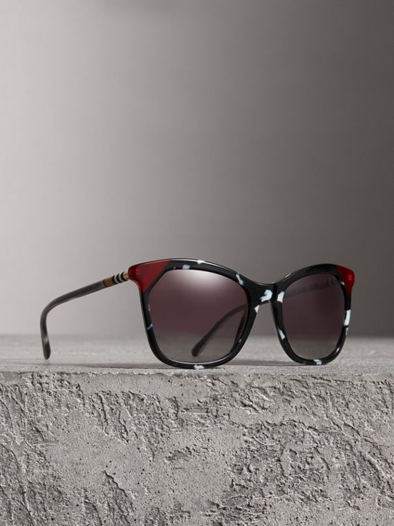 Tortoiseshell Square Frame Sunglasses in Dark Grey