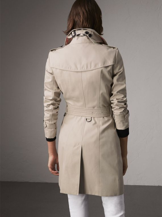 The Chelsea – Mid-length Heritage Trench Coat in Stone - Women | Burberry Canada - cell image 2