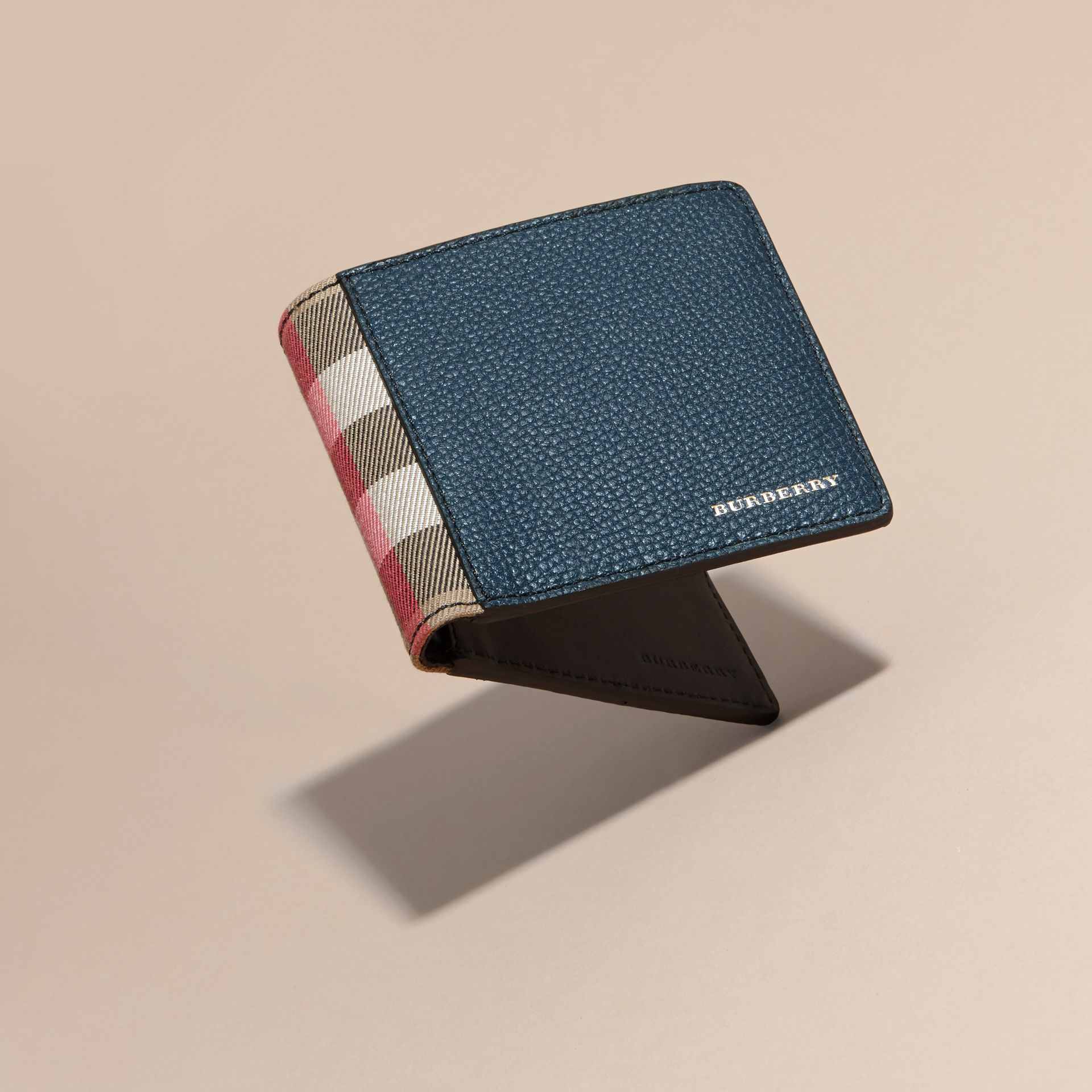 Leather and House Check International Bifold Wallet in Storm Blue | Burberry - gallery image 4