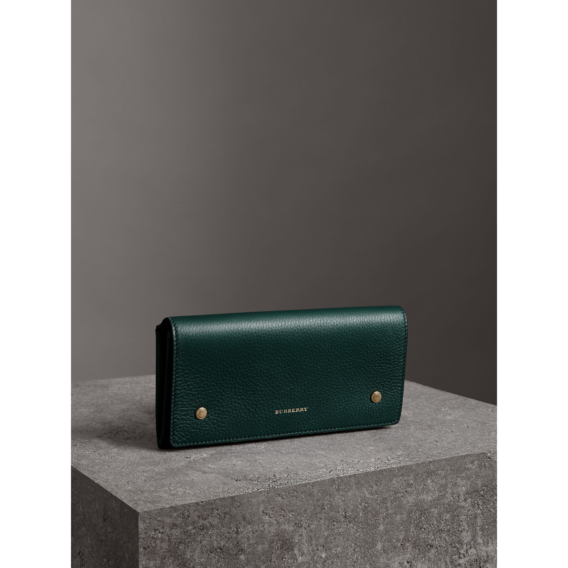 Two-tone Leather Continental Wallet in Dark Cyan - Women | Burberry Australia - gallery image 4
