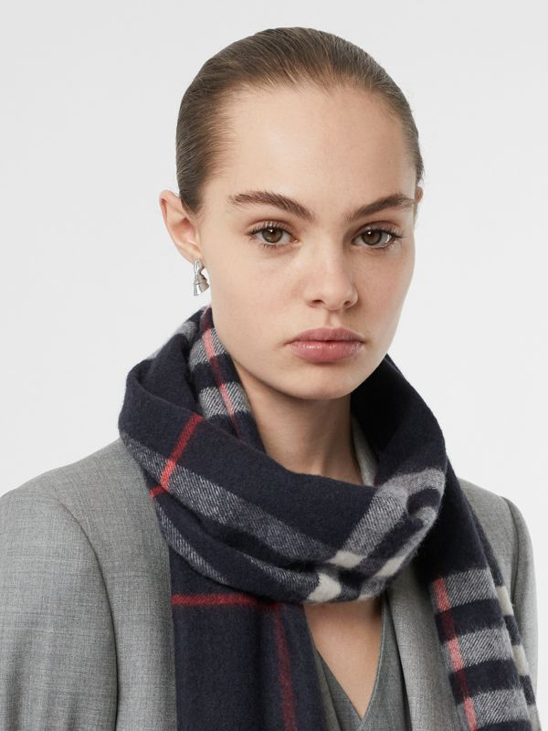 The Classic Check Cashmere Scarf in Navy | Burberry Canada - cell image 2