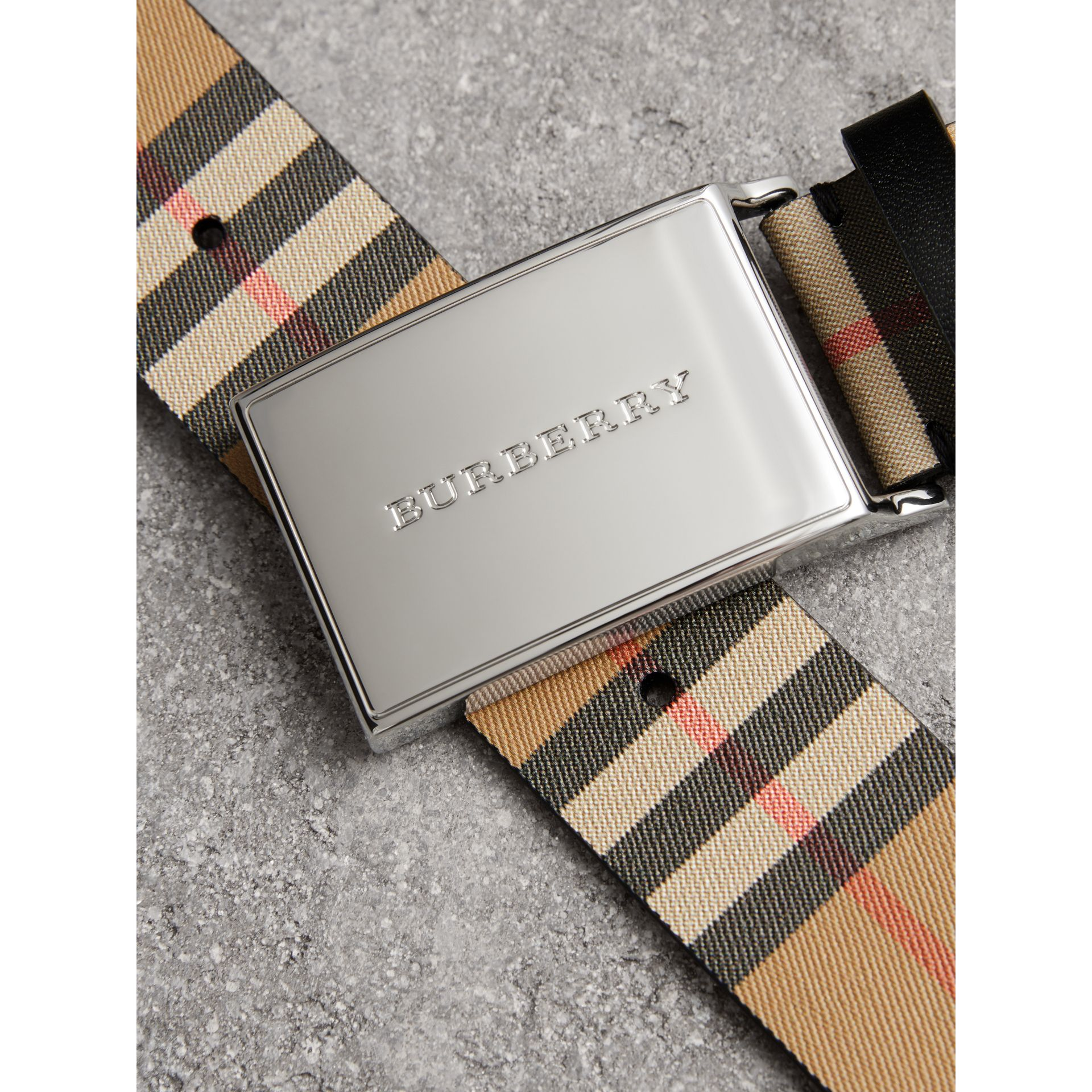 Plaque Buckle Vintage Check Leather Belt in Black - Men | Burberry Australia - gallery image 1