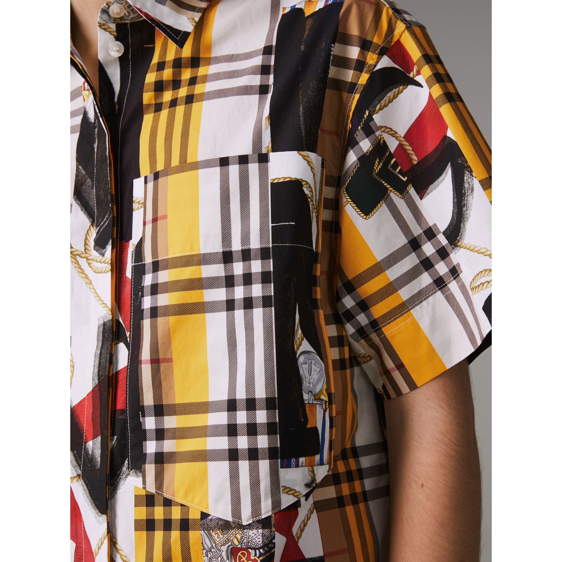 Short-sleeve Archive Scarf Print Check Cotton Shirt in Multicolour - Women | Burberry United Kingdom - gallery image 1