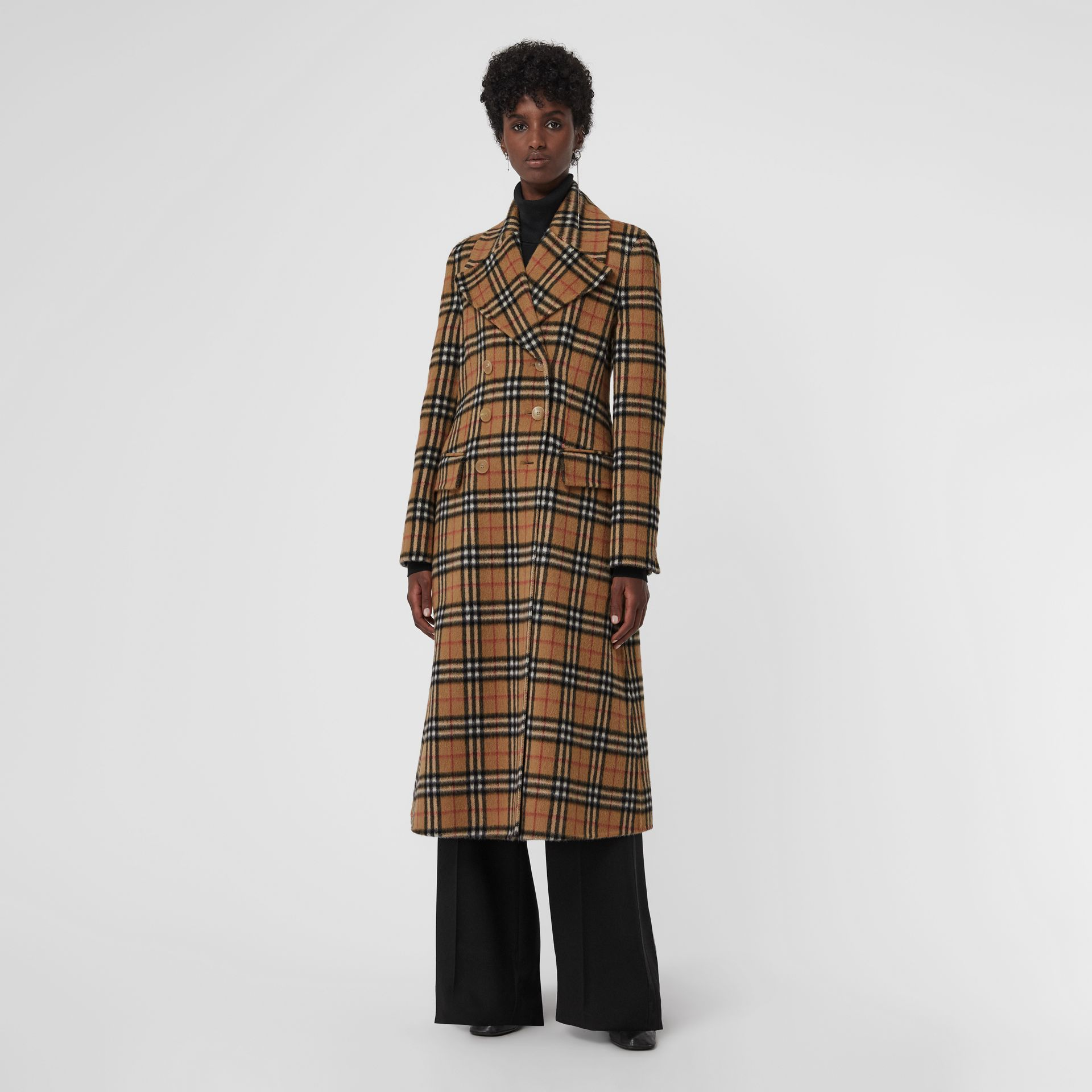 Manteau ajusté en alpaga à motif Vintage check (Jaune Antique) - Femme | Burberry - photo de la galerie 5