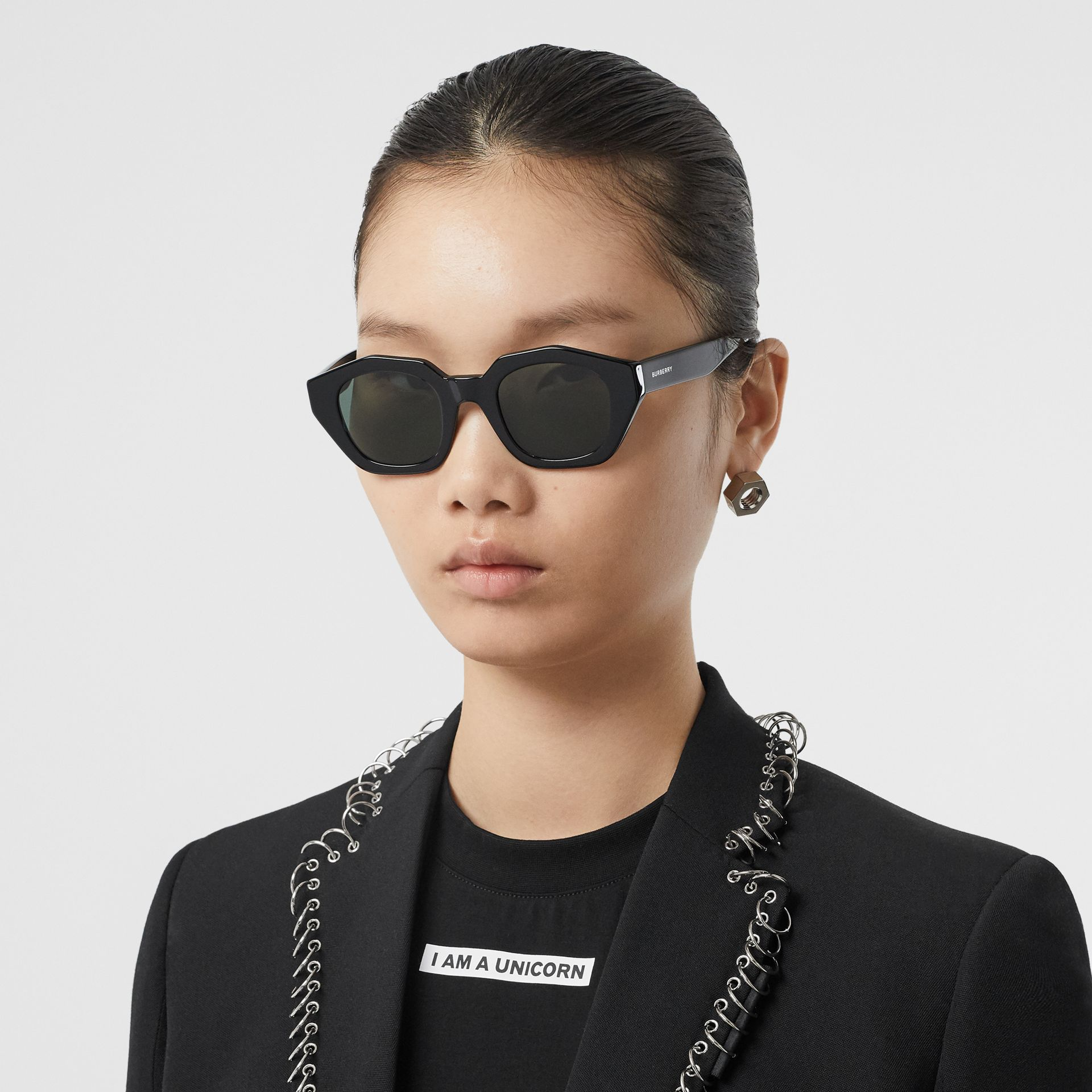 Geometric Frame Sunglasses in Black | Burberry - gallery image 2