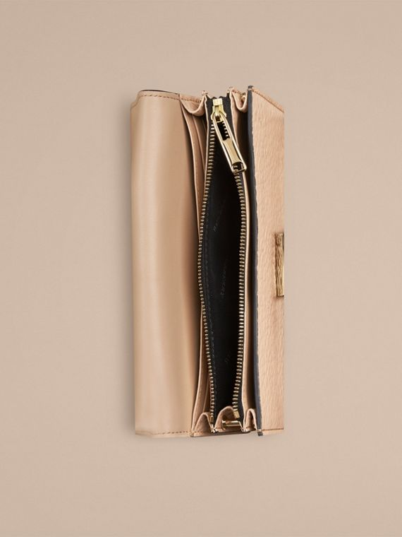 Pale apricot Signature Grain Leather Clutch Bag with Chain - cell image 3