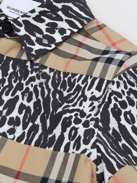 Camicia a maniche corte con motivo Vintage check e stampa leopardata (Beige Archivio) | Burberry - cell image 1