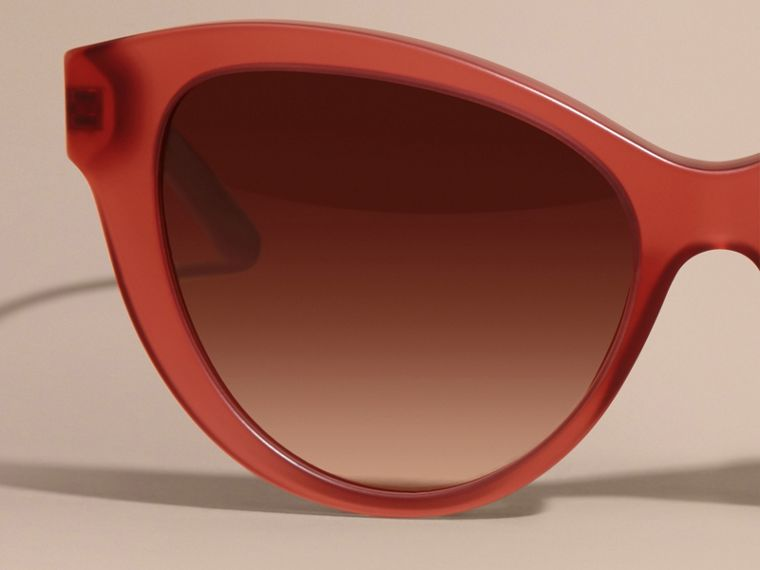 Red 3D Check Cat-eye Sunglasses Red - cell image 4