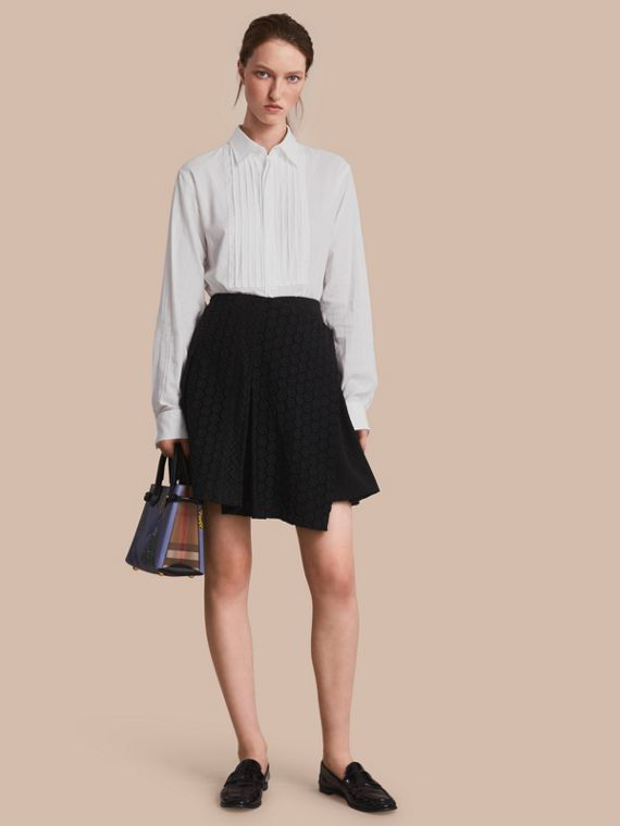 Mixed Lace Pleated Skirt in Black