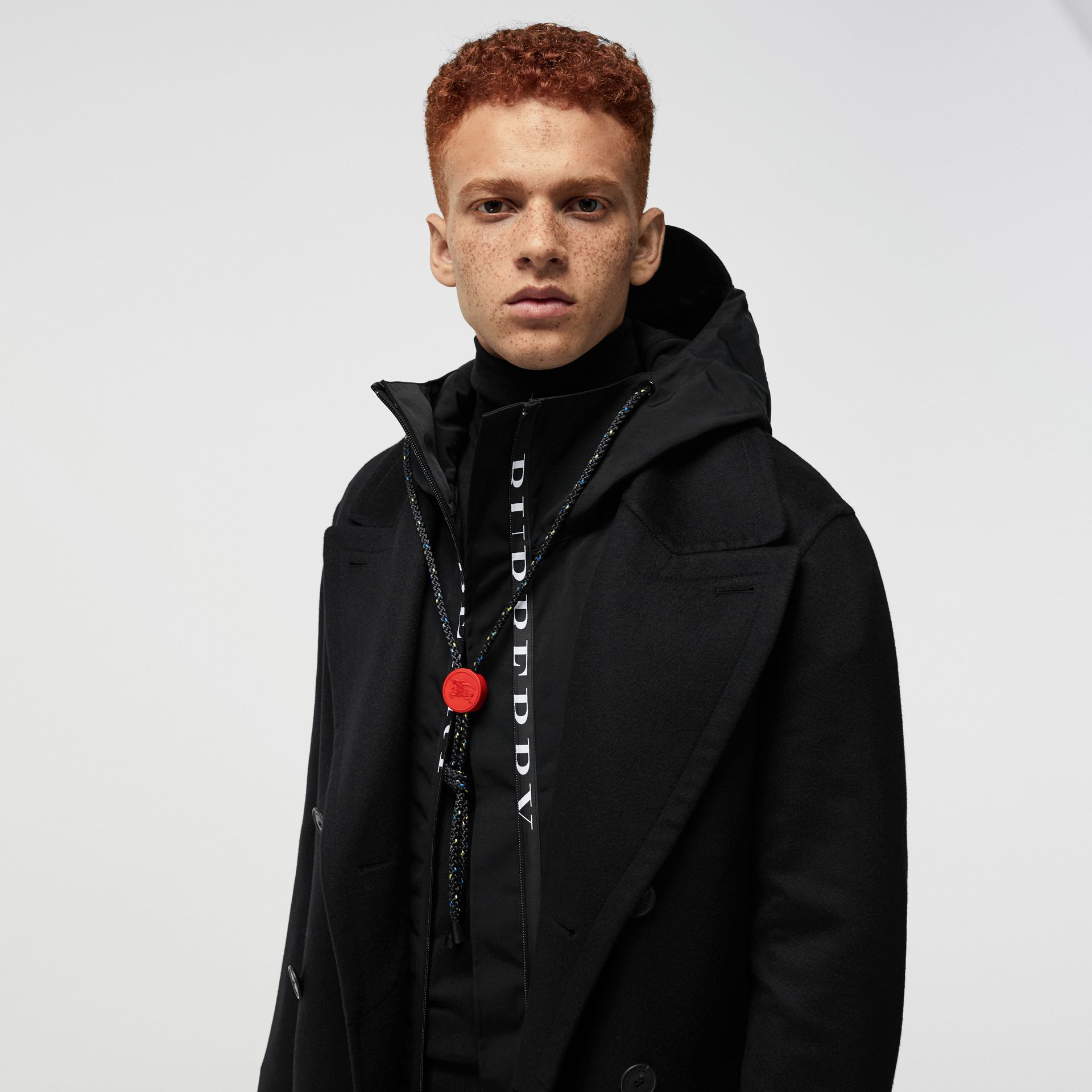 Manteau ajusté en cachemire double face (Noir) - Homme | Burberry - photo de la galerie 1