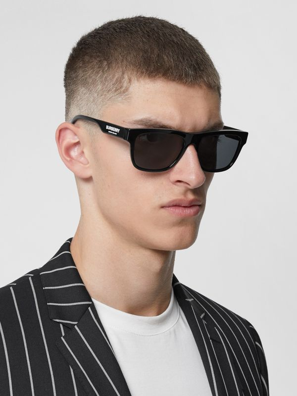 Square Frame Sunglasses in Black - Men | Burberry Canada - cell image 2
