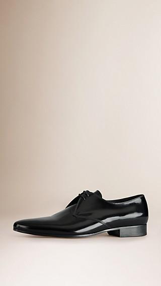 Zapatos de ceremonia en piel curtida