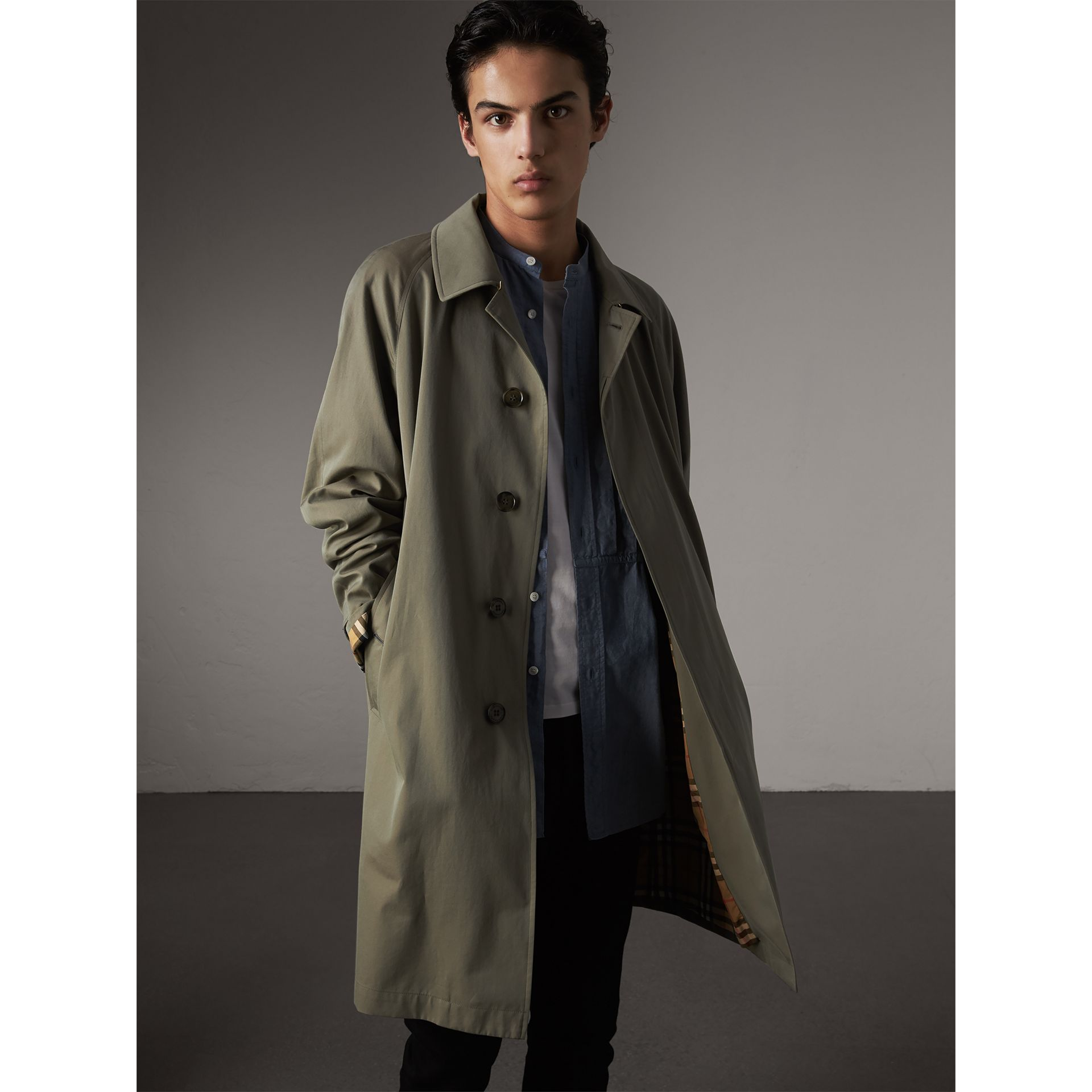 The Camden Car Coat in Chalk Green - Men | Burberry Singapore - gallery image 5