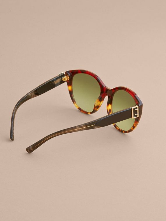 Buckle Detail Round Frame Sunglasses in Amber Yellow - Women | Burberry - cell image 3