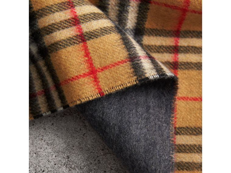 The Burberry Bandana in Vintage Check Cashmere in Blue Carbon | Burberry - cell image 4