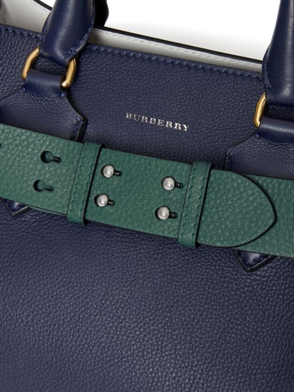 Cintura in pelle a grana per borsa The Belt piccola (Verde Mare) - Donna | Burberry - cell image 1