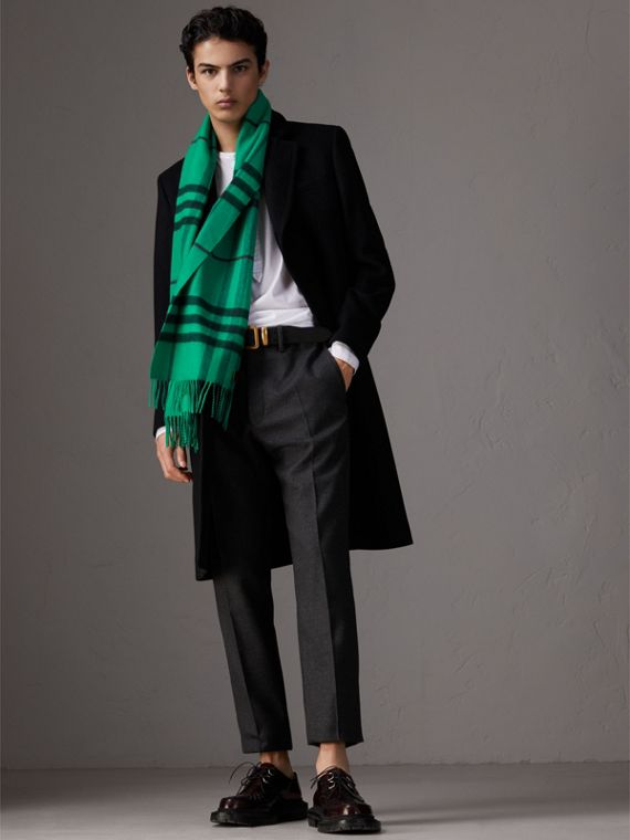 Overdyed Exploded Check Cashmere Scarf in Bright Emerald | Burberry - cell image 3