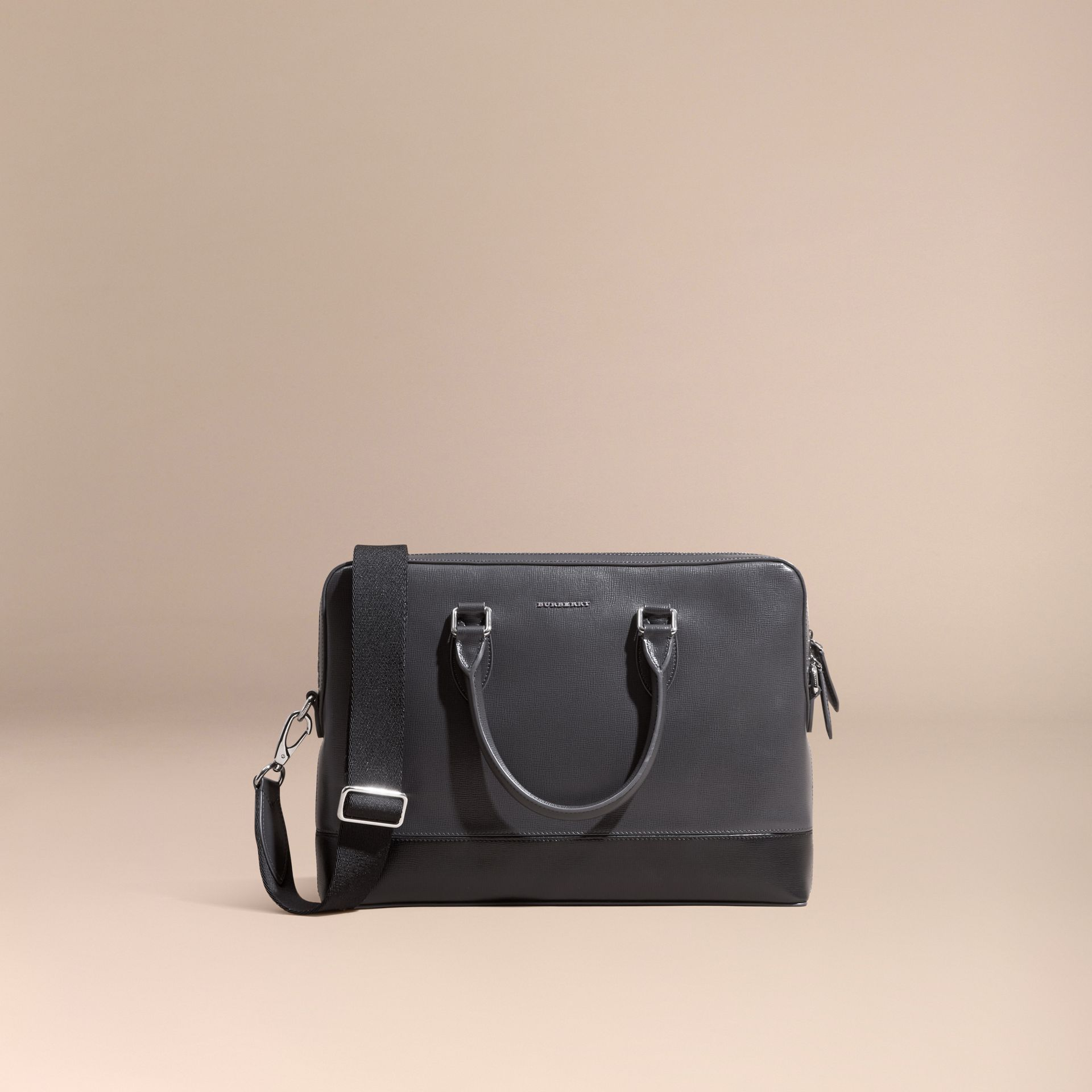 Anthracite/noir Sac The Barrow fin en cuir London à panneaux Anthracite/noir - photo de la galerie 8