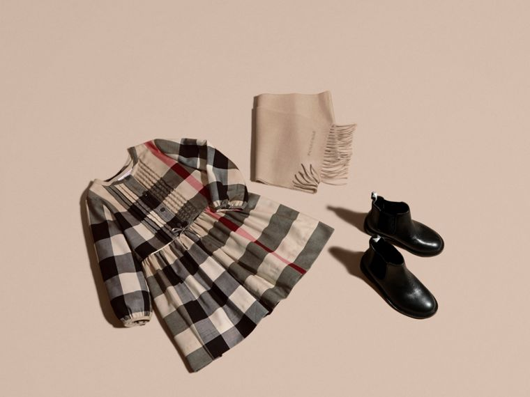New classic check Check Pintuck Detail Cotton Dress - cell image 4