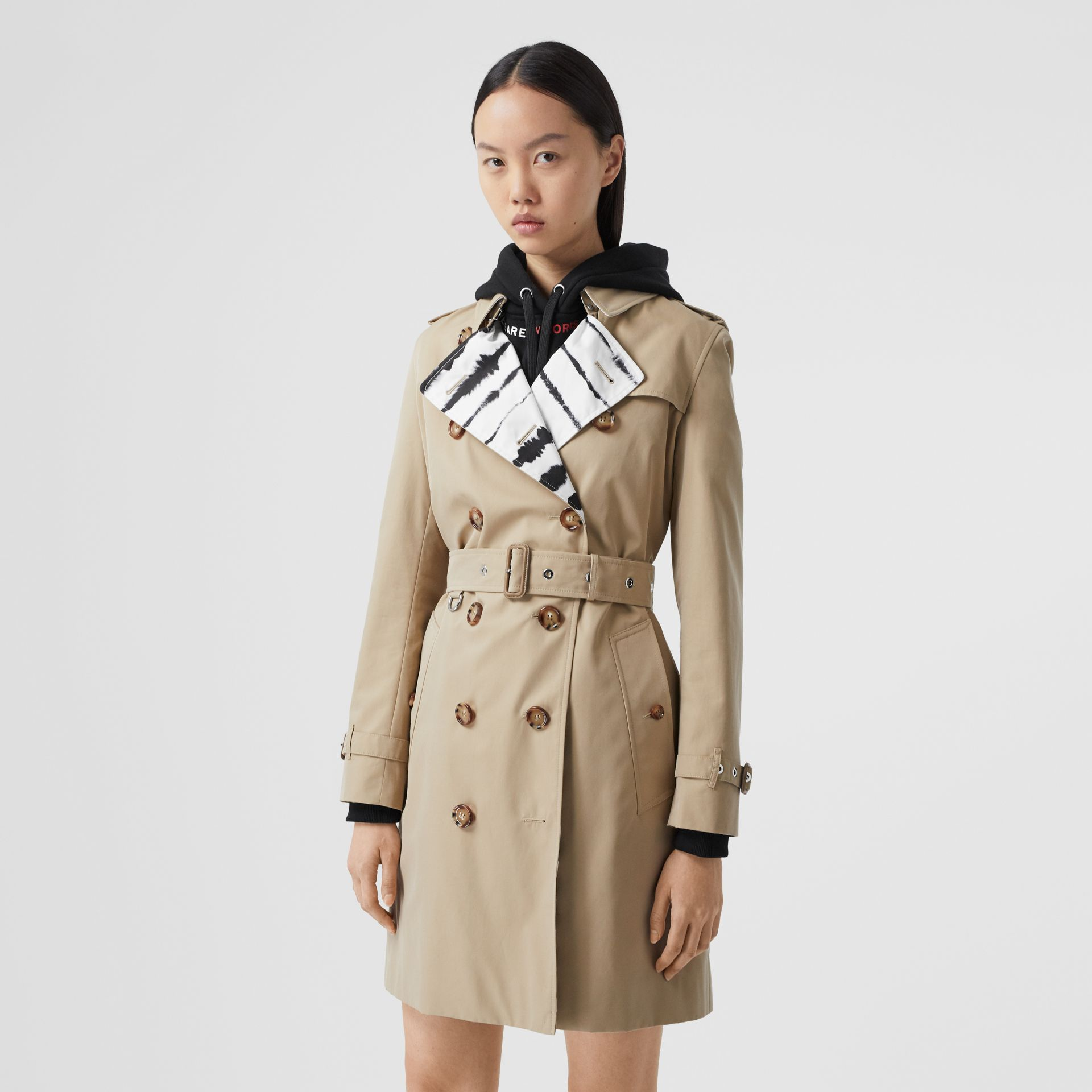 Watercolour Print-lined Cotton Gabardine Trench Coat in Honey - Women | Burberry - gallery image 6