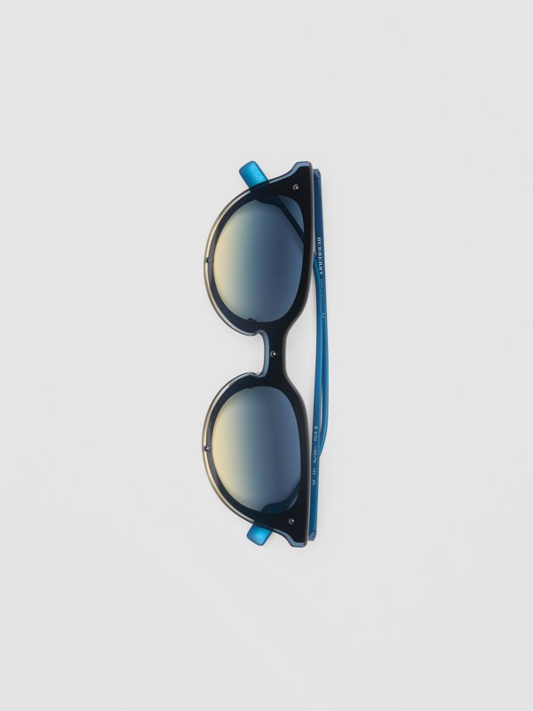 Keyhole Round Frame Shield Sunglasses in Blue - Women | Burberry - cell image 3