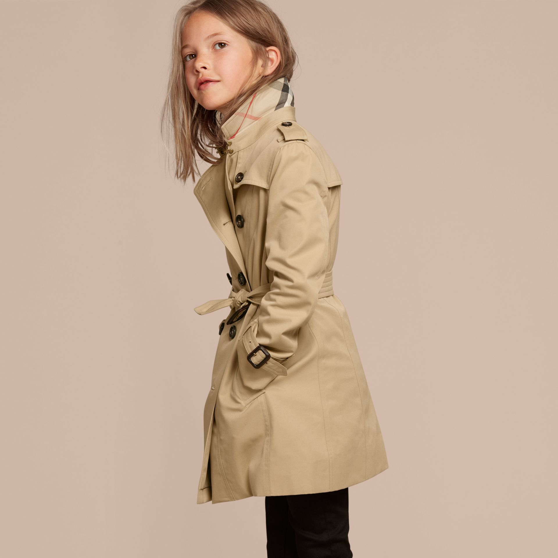 The Sandringham – Heritage Trench Coat in Honey - Girl | Burberry - gallery image 3