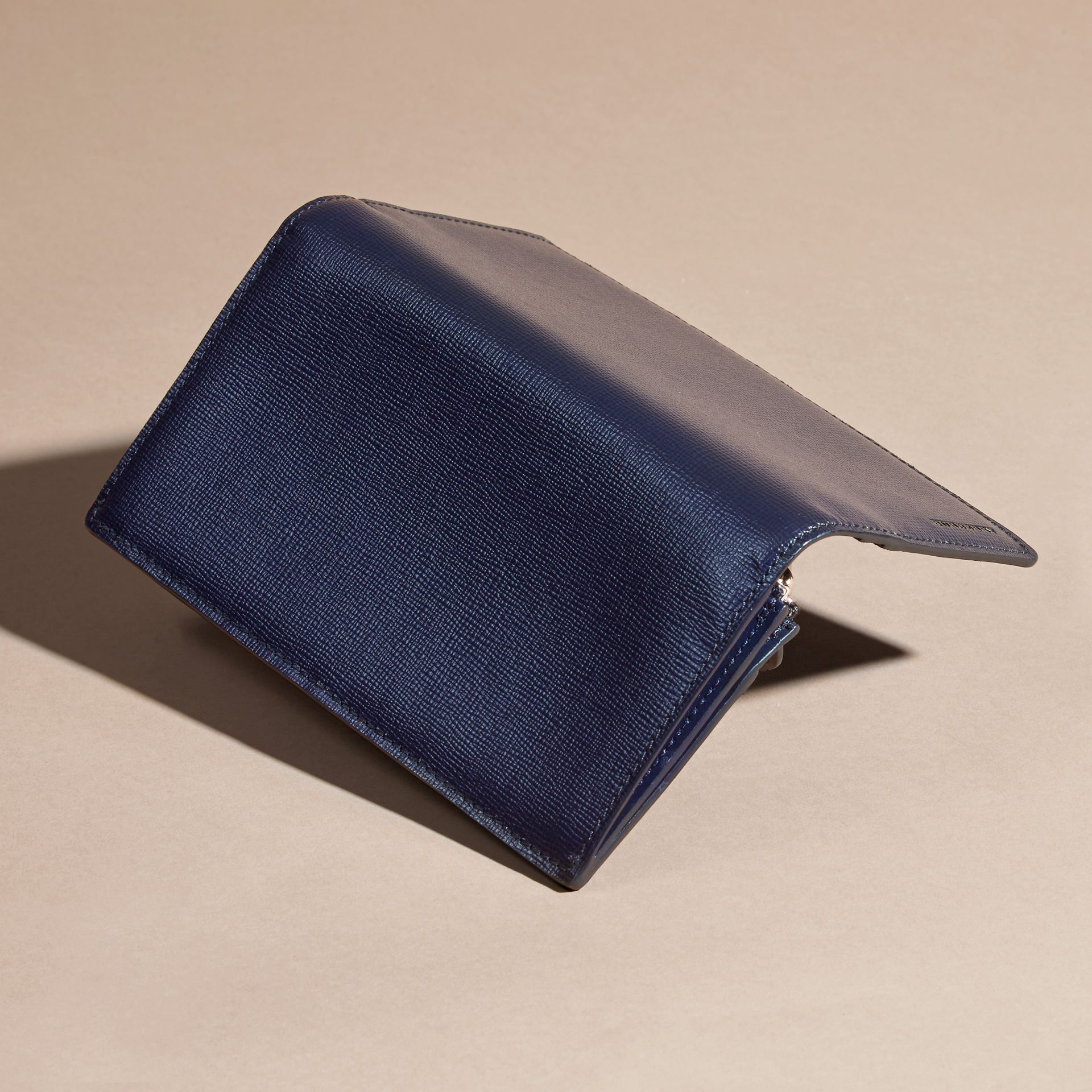 London Leather Continental Wallet in Dark Navy | Burberry Hong Kong - gallery image 3