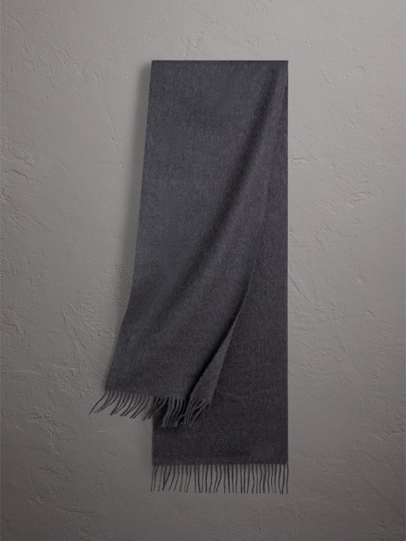 The Classic Cashmere Scarf in Charcoal