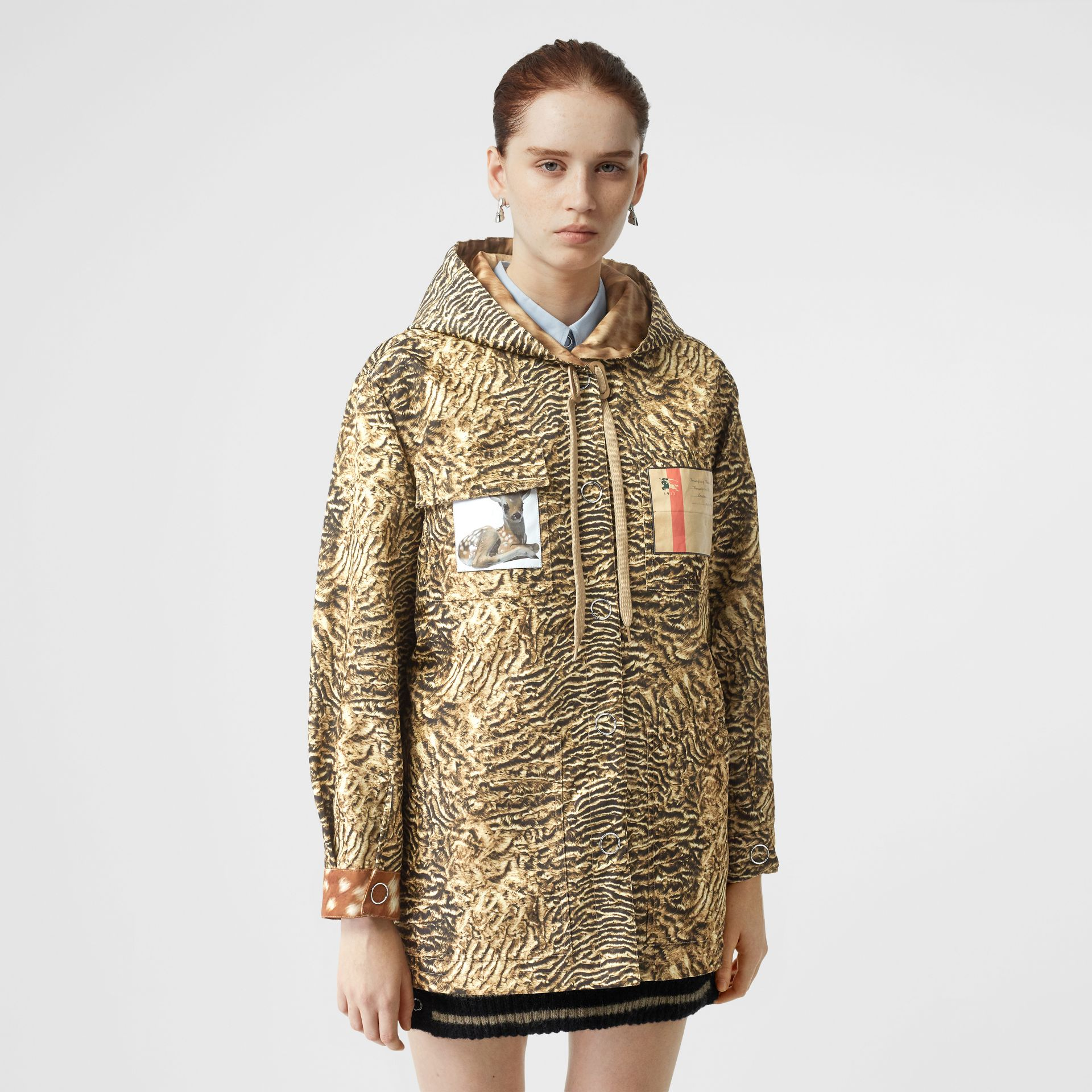 Tiger Print Lightweight Hooded Jacket in Beige - Women | Burberry - gallery image 5