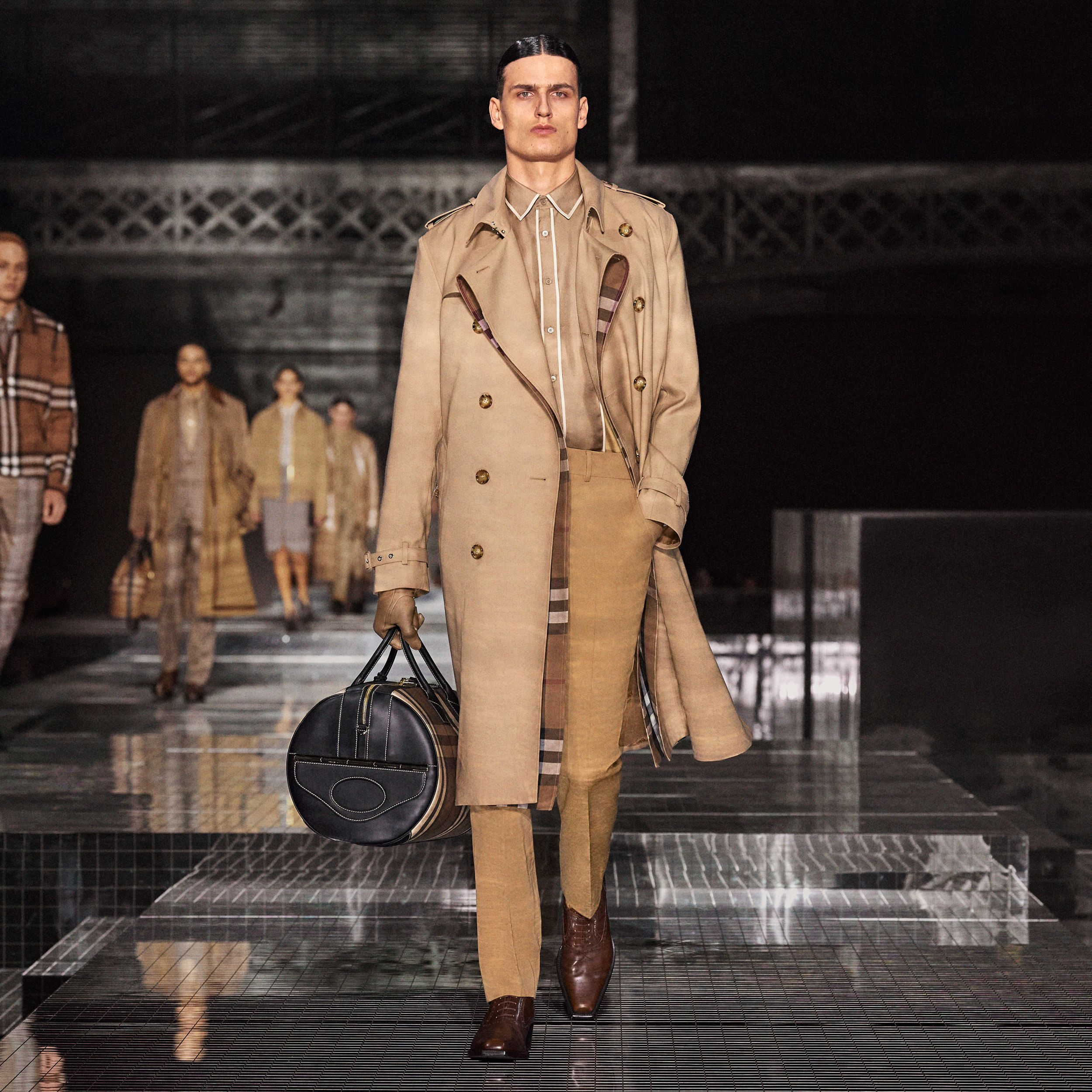 Wool Silk and House Check Loop-back Trench Coat in Biscuit | Burberry - 2
