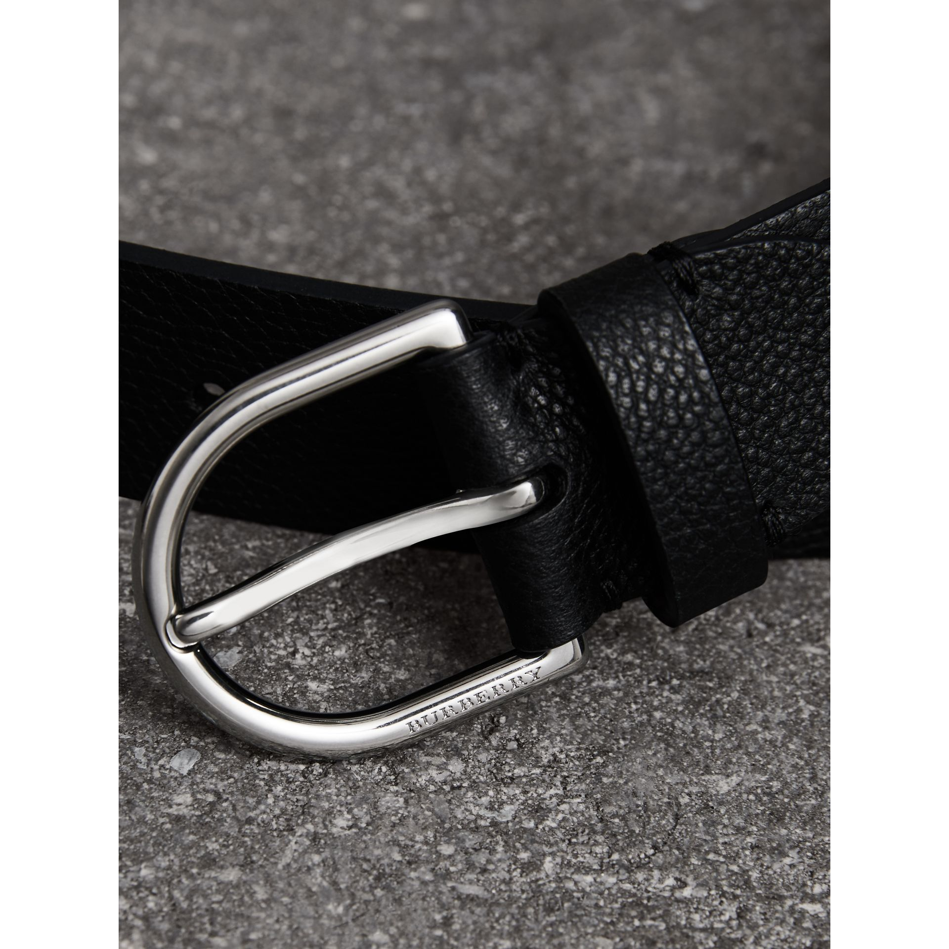 D-shaped Buckle Grainy Leather Belt in Black - Men | Burberry - gallery image 1