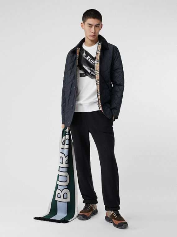 Diamond Quilted Thermoregulated Barn Jacket in Navy