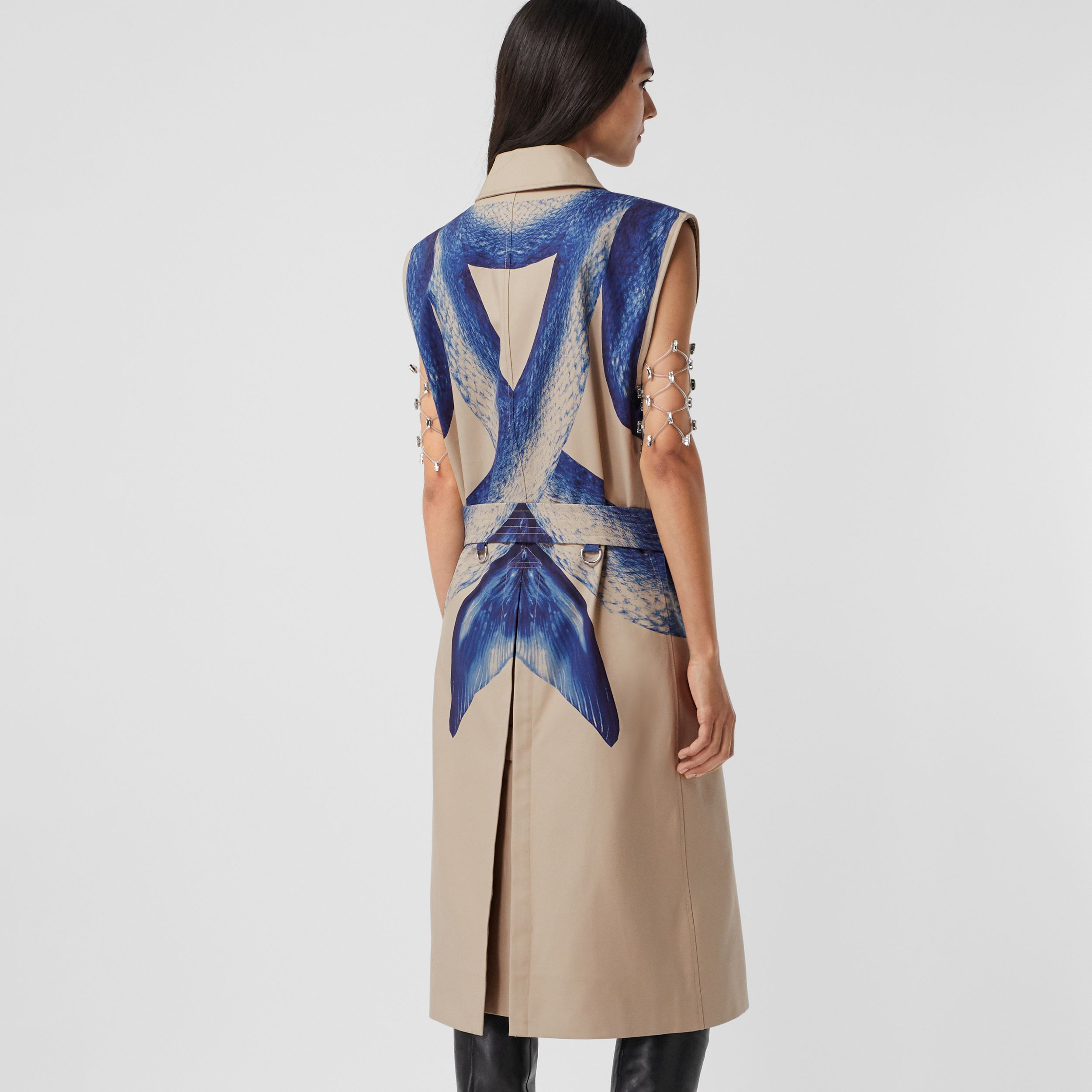 Mermaid Tail Print Cotton Sleeveless Trench Coat in Ink Navy - Women | Burberry United Kingdom - 3