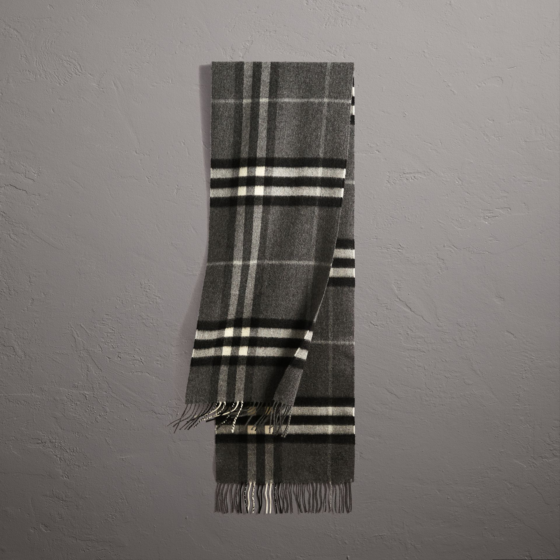 The Classic Check Cashmere Scarf in Mid Grey | Burberry - gallery image 0