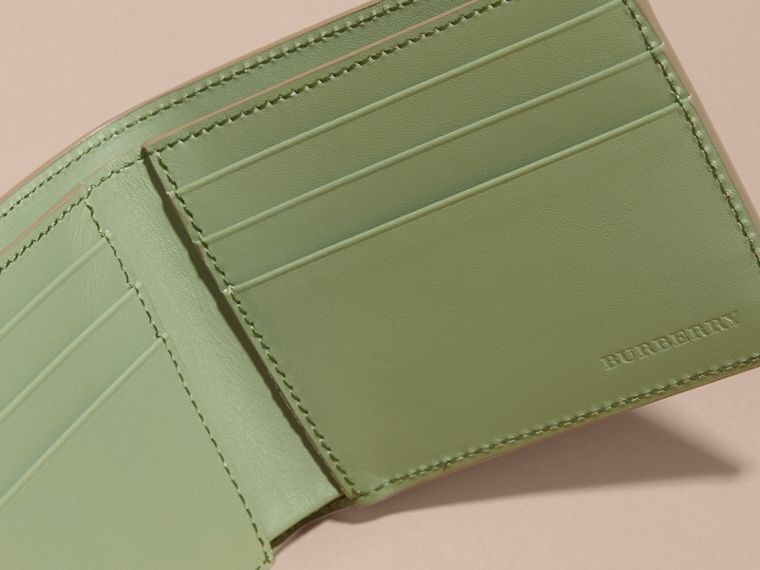 London Leather Slim Folding Wallet Antique Green - cell image 4