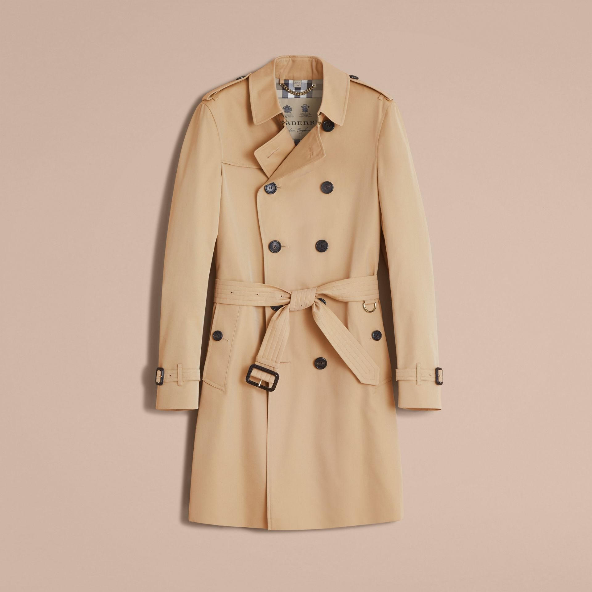 The Chelsea – Long Heritage Trench Coat in Honey - Men | Burberry - gallery image 4