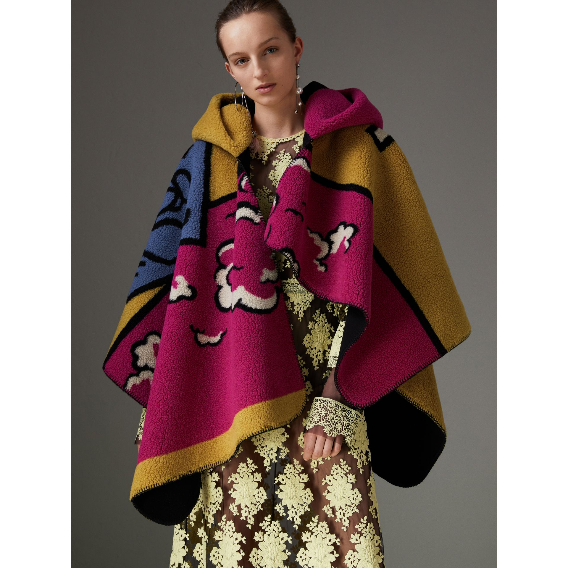 Poster Graphic Fleece Jacquard Hooded Poncho in Multicolour - Women | Burberry - gallery image 5