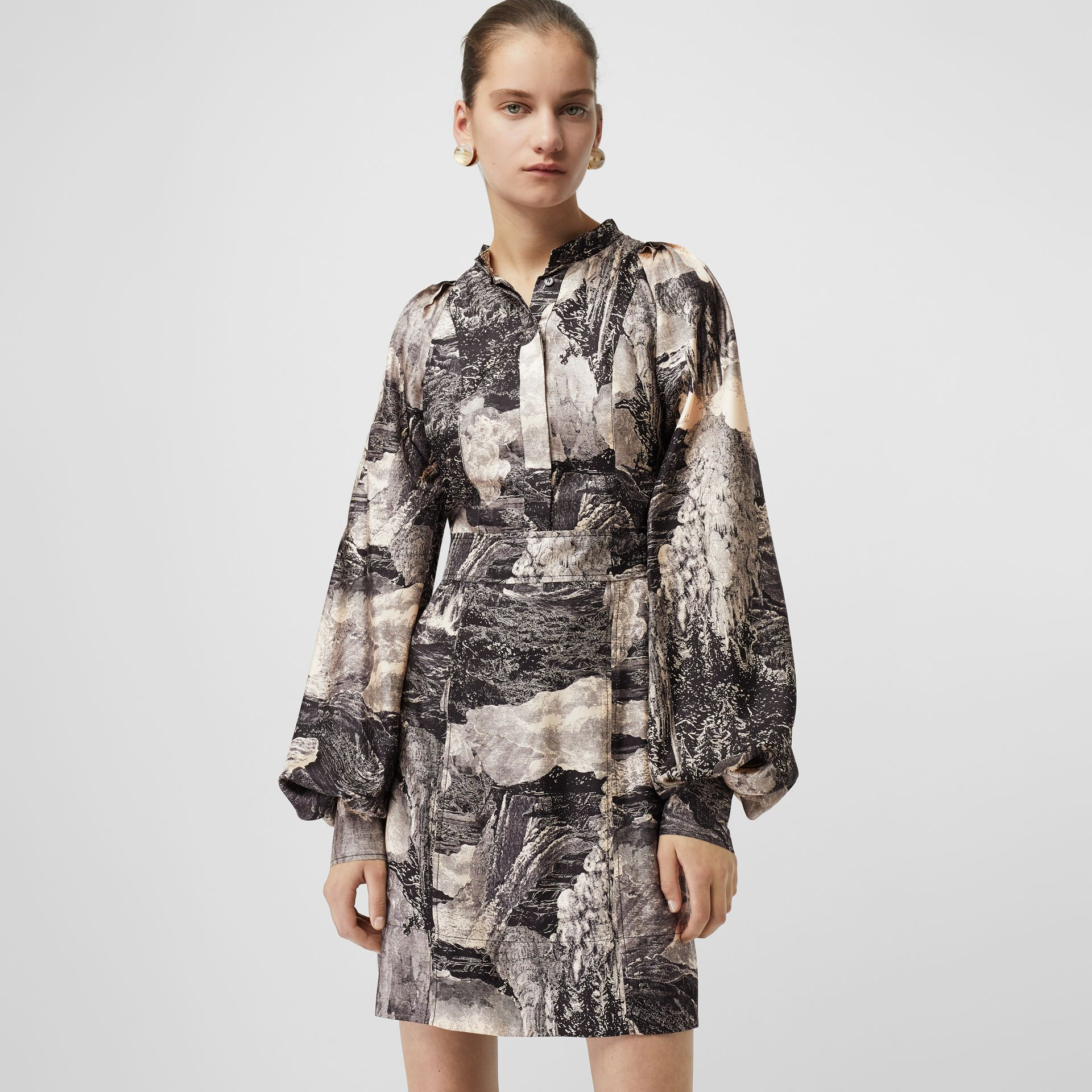 Dreamscape Print Silk Shirt Dress in Pale Apricot - Women | Burberry Singapore - gallery image 0