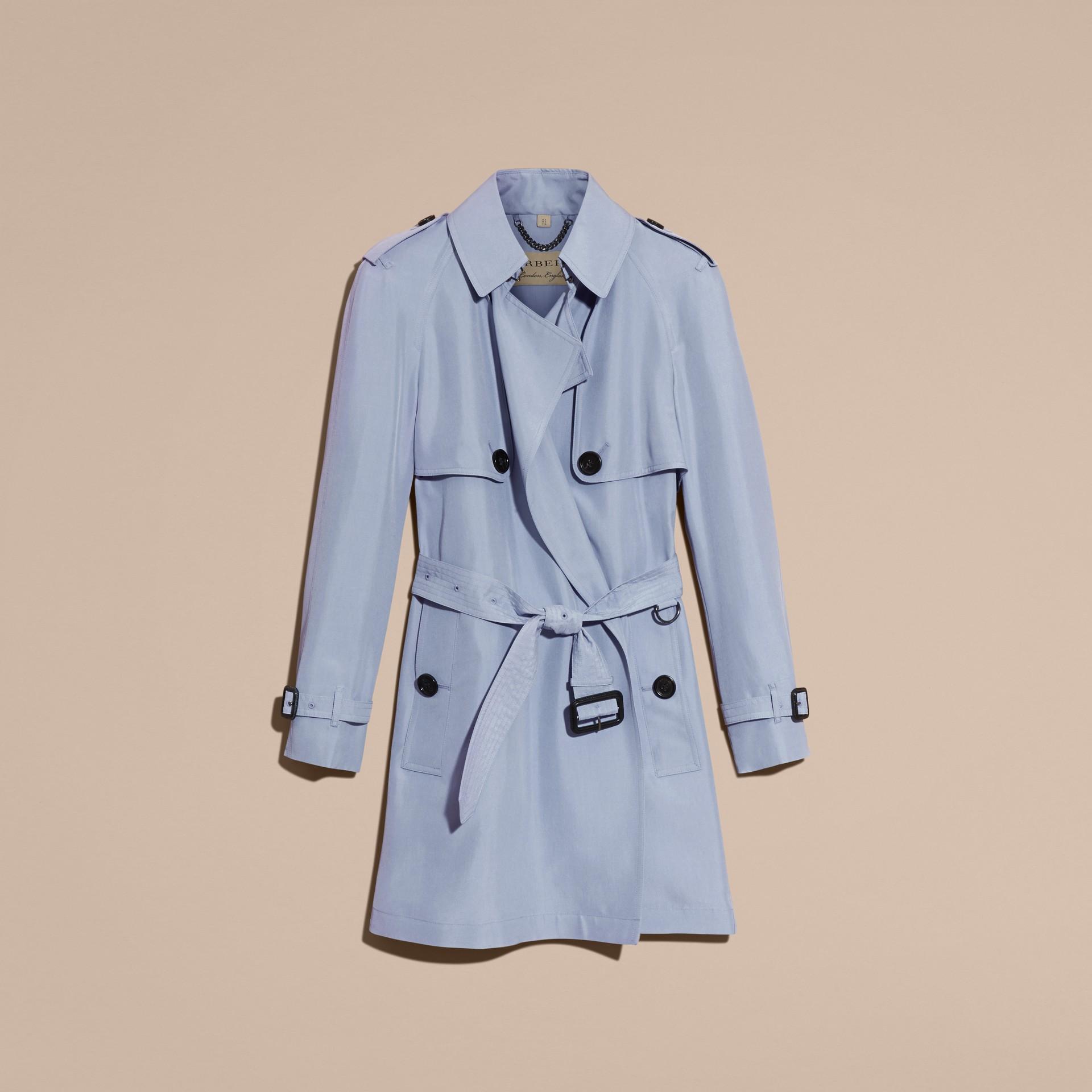Bleu pâle Trench-coat portefeuille léger en soie flammée - photo de la galerie 4