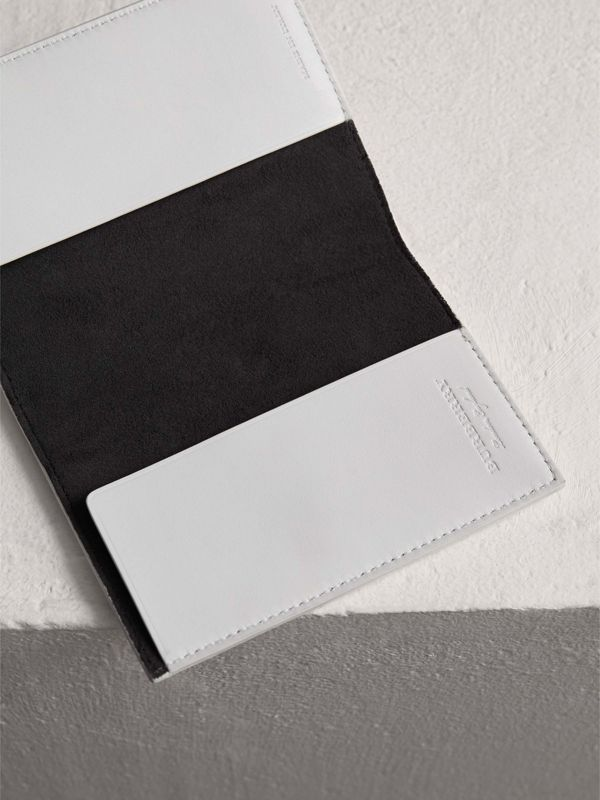 Embossed Leather Passport Holder in Chalk White | Burberry Singapore - cell image 3