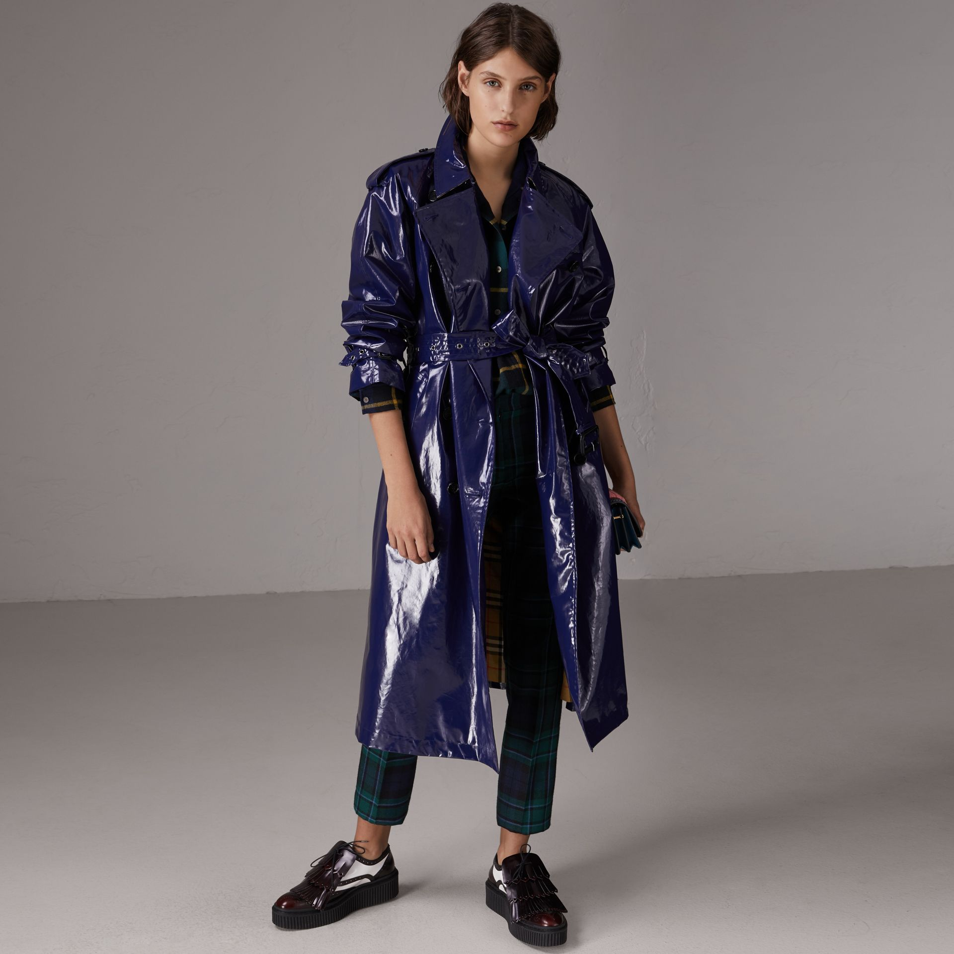 Laminated Cotton Trench Coat in Navy - Women | Burberry - gallery image 7