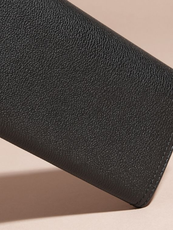 Black Textured Leather Continental Wallet Black - cell image 3