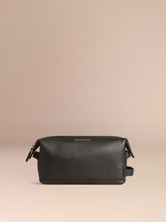 Black Grainy Leather Washbag - cell image 2