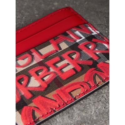 para Image en de Estuche graffiti vintage rojoBurberry estampado de Gallery tarjetas con 1 cuero dzx17w