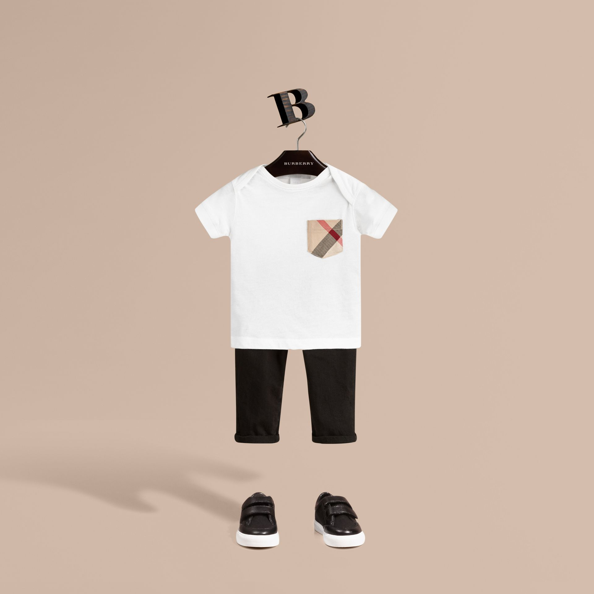 Check Pocket T-Shirt in White - gallery image 1
