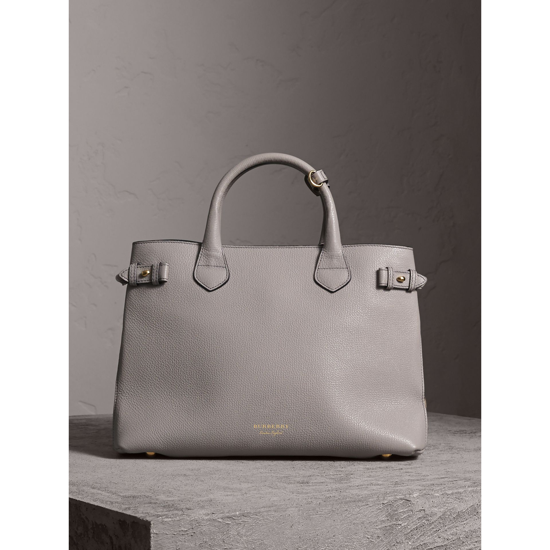 The Medium Banner in Leather and House Check in Light Grey Melange - Women | Burberry United Kingdom - gallery image 7