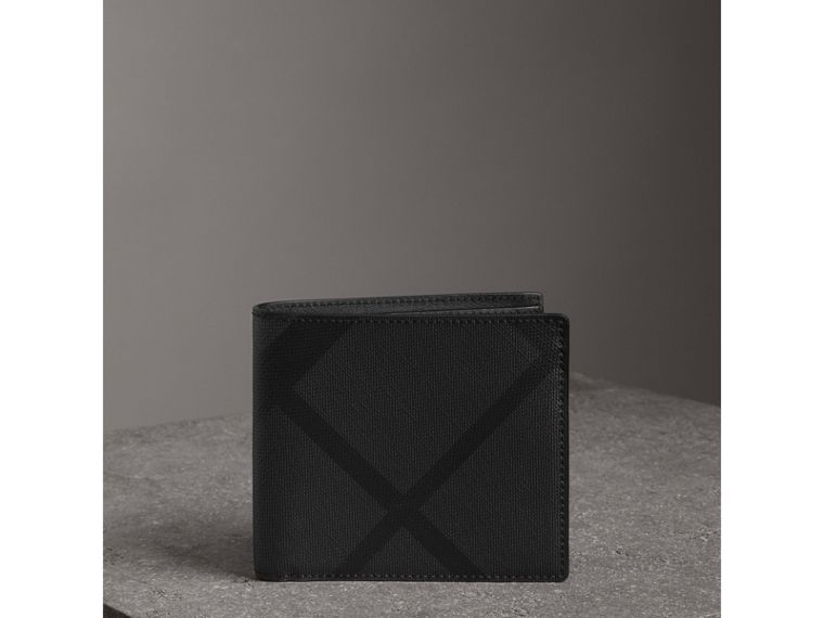 London Check International Bifold Coin Wallet in Charcoal/black - Men | Burberry - cell image 4