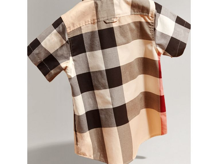 Short-sleeve Check Cotton Shirt in New Classic - Boy | Burberry Hong Kong - cell image 2