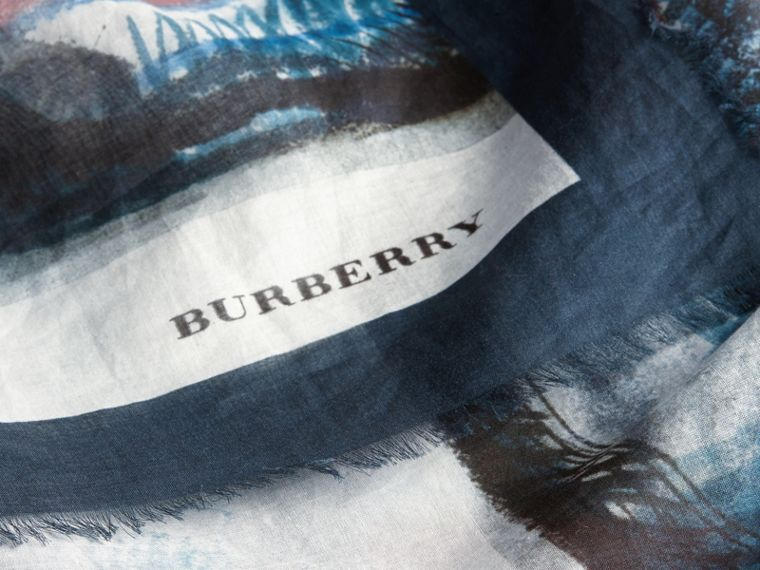 Reclining Figure: Bunched Print Cotton Square – Large in Natural White - Women | Burberry - cell image 1