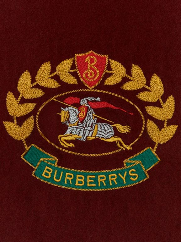 The Classic Cashmere Scarf with Archive Logo in Claret | Burberry United States - cell image 1